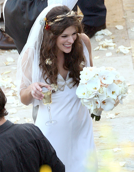 milla-jovovich-got-married-21